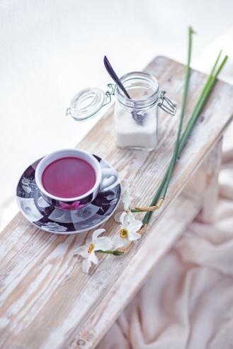 flowers-tea-sugar-white
