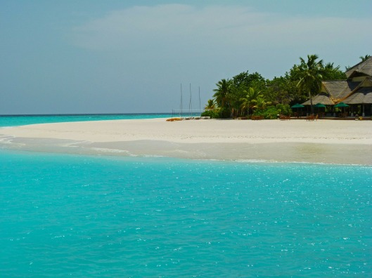 maldives-257827_1920